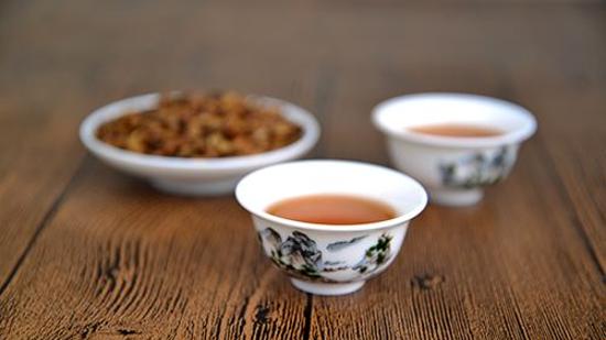 女性喝红茶好还是普洱茶好