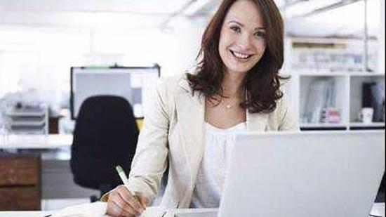 办公室减肥瘦身方法III(女):夹胸+招财