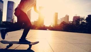 滑板教学Ⅲ:开始滑行