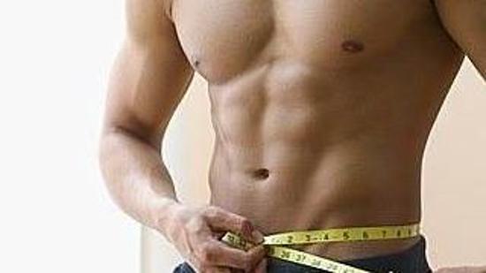 腹部减肥II:哑铃屈腿硬拉