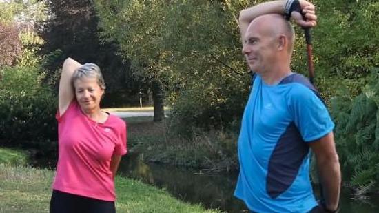 北欧式健走后的拉伸运动Ⅱ:手臂和颈部肌肉拉伸