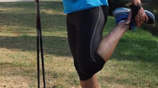 北欧式健走后的拉伸运动Ⅲ:腿部肌肉拉伸