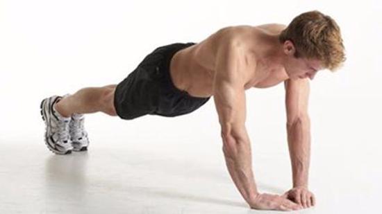 胸肌怎么练Ⅱ:窄距俯卧撑