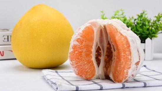 怎么剥柚子皮