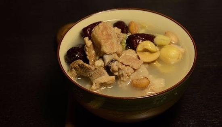 红枣排骨汤的做法