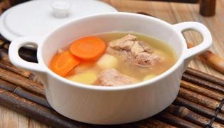 山药胡萝卜排骨汤的做法