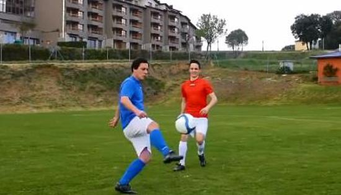 足球传球技巧Ⅰ:挑球过顶过人