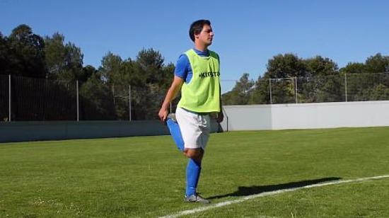 足球赛前热身Ⅲ:踢足球前的肌肉拉伸