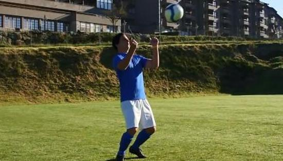 足球控球技巧Ⅳ:胸部停球