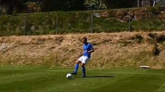 如何提高足球技巧Ⅰ:提高传球的准确性