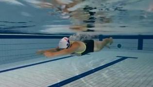 蛙泳练习方法Ⅰ:手臂划水动作练习(上)