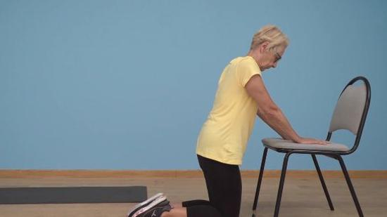 老年人平衡性练习Ⅹ:摔倒后如何站起来(单人篇)
