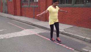 老年人平衡性练习Ⅲ:走直线(单人篇)