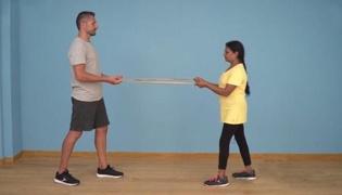 老年人肌肉强化练习Ⅷ:背部强化练习(双人篇)