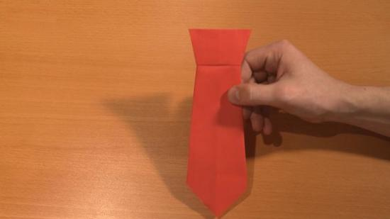 领带怎么折