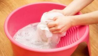 洗衣服加鹽有什么作用