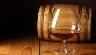 红酒杯分类介绍