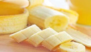 香蕉可以和柿饼一起吃吗