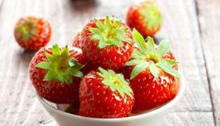 草莓和香蕉能一起吃吗