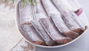 带鱼和菠菜能一起吃吗