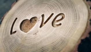 愛一個人的表現