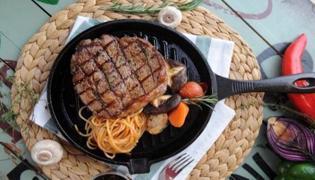在家吃牛排可以配什么主食