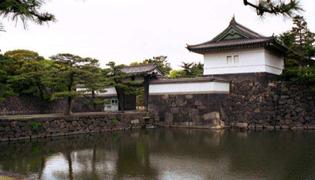 日本天皇和日本首相的区别