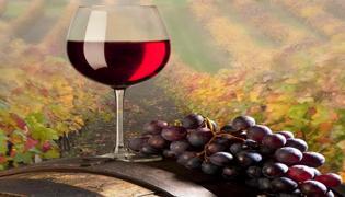 红酒喝完舌头紫色怎么回事