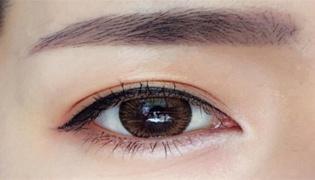 接完睫毛能画眼妆吗