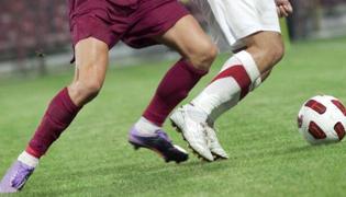 足球滚球有什么技巧