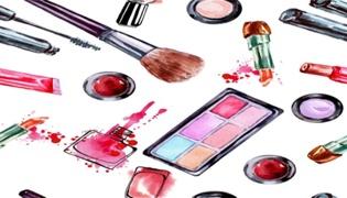 健身能化淡妆吗