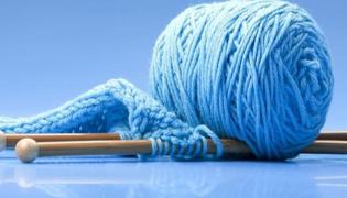 废毛线怎样自制地毯