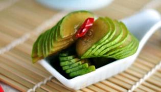 椒油黄瓜家常做法具体步骤