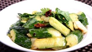 家常菜麻油黄瓜怎么做