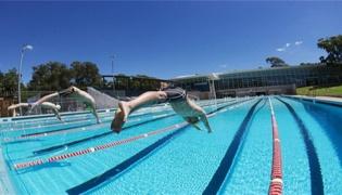 游泳跳臺和跳板有什么區別
