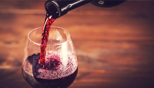 葡萄酒怎样敷面膜