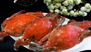 螃蟹死了还能蒸着吃吗