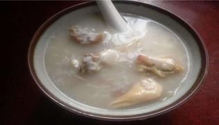 淮山煲鸡粥的做法