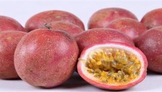百香果里面的黑籽能吃吗