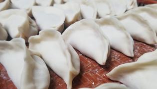 熟猪肉酸菜馅饺子的做法是什么