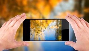 手机怎么给照片换底色