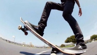 滑板教学 XIII:后轮滑行