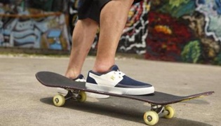 滑板教学XIV:前轮滑行