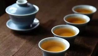 喝岩茶会上火吗