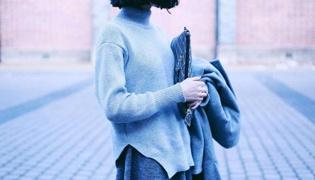 高領毛衣怎么搭配