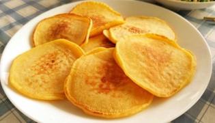 香蕉玉米饼的做法