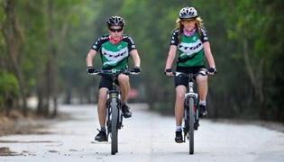公路自行车的骑行技巧:公路车骑行姿势