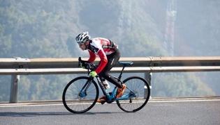 保证自行车的安全性 :自行车刹车技巧