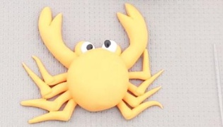 螃蟹橡皮泥的捏法