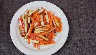 素炒胡萝卜的做法